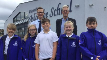 Nigel Dando taking the Jill Dando News Centre out of WCSA and PCSA to pupils at Ashcombe Primary Sch