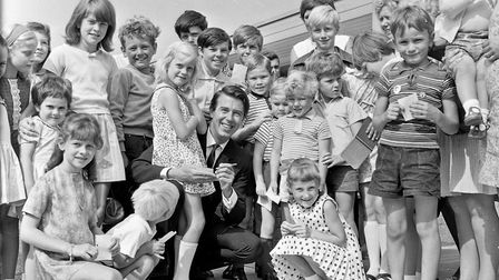 Popular star Leslie Crowther was greatly in demand by autograph hunters after he appeared at St Jame