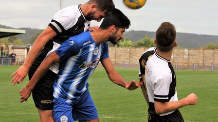 Glen Hayer goes up for a header (pic pitchero.com/clubs/clevedontown)