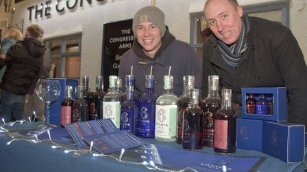 Gin Time with Murray and Chris outside Congresbury Arms at Broad Street Christmas Fair. Pictu