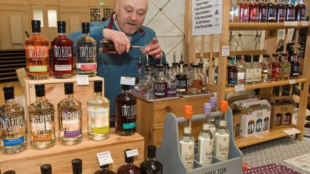Anthony from Boulton Spirit offering smaples of their Two Bird Gins at Weston - Eat Vegan. Pictur