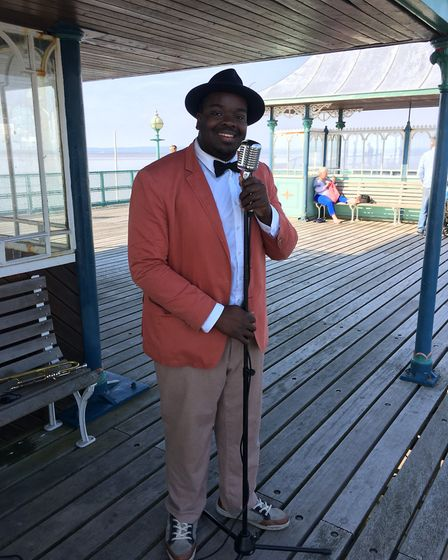 Marvin the Jazzman performing on Clevedon Pier.