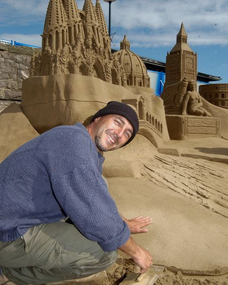 Sand Sculpture on Weston Beach. Leonardo Ugolini from Italy.11-7-08