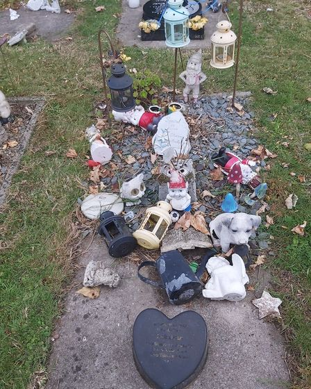 Baby Jack grave in Weston cemetry destroyed by vandals