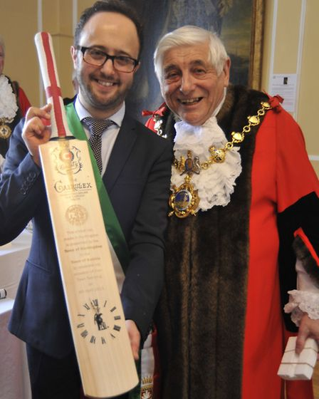 Huntingdon Twinning ceremony with Italian town Gubbio, Mayors (l-r) Diego Guerrini and Colin Hyams