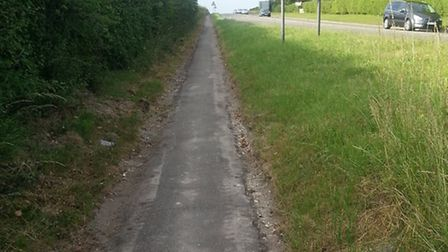 The newly widened path between Royston and Melbourn