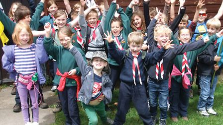 Royston-7th-Scouts-Walkers-CMY