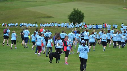 Runners in Royston in Blue