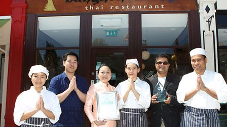 Third Chef Thanyaphon East, Front of house Phutthiphong Kaeotriwong, Mnanager Supanee Ruangthong wit