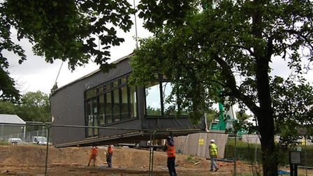 New golf club pavilion is carefully put into place at Batchwood
