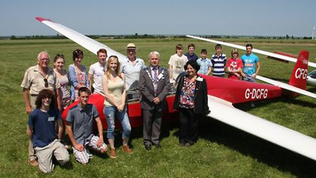 Abbey College students with Michael Muir (Chairman of NVGC), far left, Peter Valentine (Vice-chairma