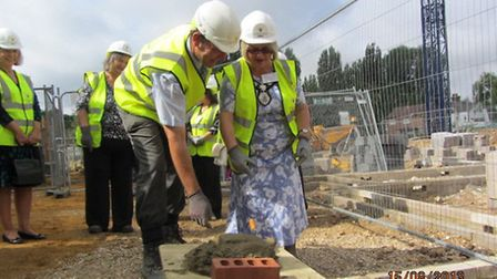 Harpenden Mayor Cllr Rosemary Farmer lays the first brick at Lea Springs