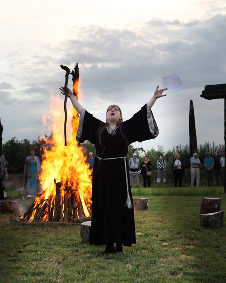 How could you have a henge opening without a roaring fire?