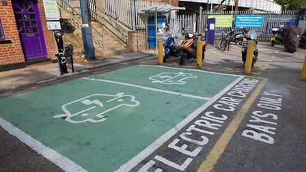 Two new electric car charging points at St Albans station