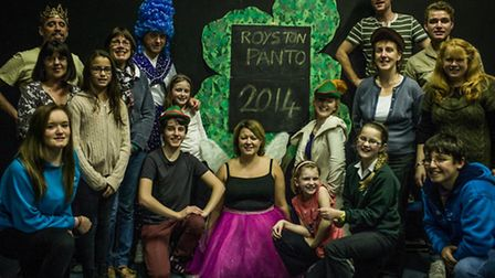 The cast of Robin Hood and the Babes in the Wood