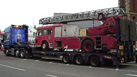 The engine being transported from Newcastle.