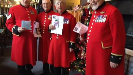 Chelsea pensioners with their Hand Made Smiles Christmas cards