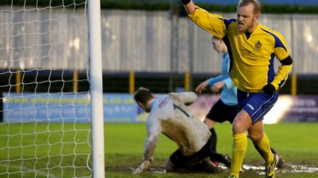 Richard Graham celebrates his late goal. Picture: Leigh Page