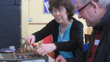 Tina Filby learns how to solder from Dermot Byrne