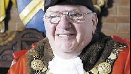 A former Mayor of St Albans, Cllr Gordon Myland, has lost his licence after pleading guilty to drink