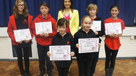 Mayor of St Albans district cllr Annie Brewster awards the children with their scholarships
