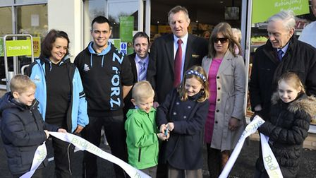 The opening of Kimbolton Budgens, with the owners, Charles Robinson, and wife Amy Robinson, cutting