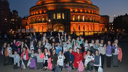 The Greneway singers outside the Royal Albert Hall
