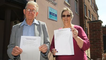 Clive Porter campaigning against Tesco with Kennedy Court resident Pat Bolden in Royston