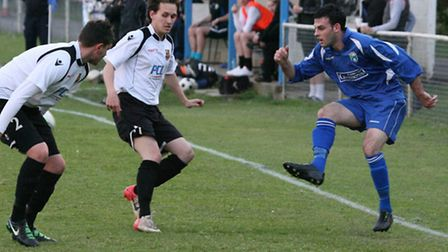 Action from London Colney's 1-0 loss to Hoddesdon Town. Picture: James Whittamore