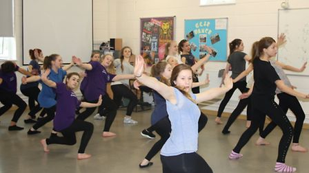 Melbourn village college pupils learn the dance from Thriller Live