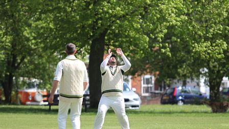 Dan Roe takes a catch to dismiss Harvey Henry off Adam Pritchard's bowling