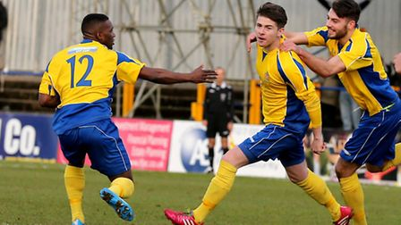 Elliot Bailey celebrate his winning goal. Picture: Leigh Page