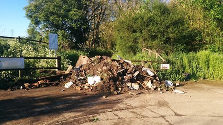 Fly-tipping in Redbourn
