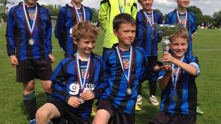 Harpenden Colts U8s won the Cuffley Cup.