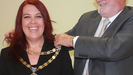 Royston's new mayor, Cllr Victoria Hulstrom-Allen, receives her chain of office from outgoing mayor