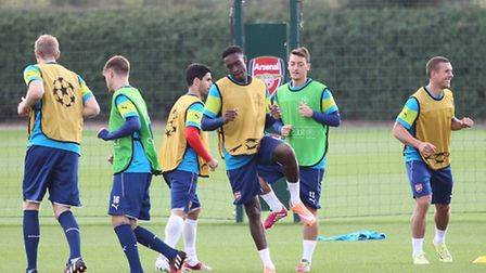 Danny Welbeck and Mesut Ozil warming up