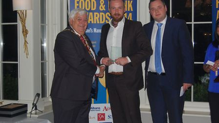 St Albans and Harpenden Food and Drink Awards 2014 - George Fredenham on behalf of Verulam Arms, Bes