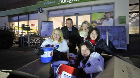 Sleeping rough for 24 hours, to fundraise for Combat Stress are (l-r) Lynda Howlett, Jules Sismey Wi