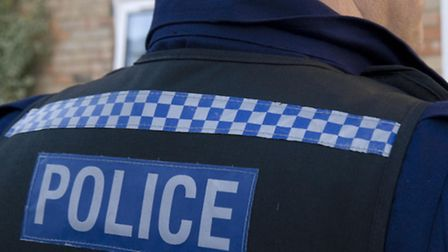 Herts-Police-are-hunting-three