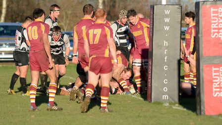 Harpenden go over the line for their first try