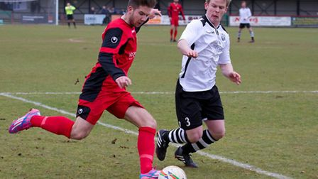 Brett Longden on the ball for St Neots in their 0-0 draw at Cambridge City on Saturday. Picture by C