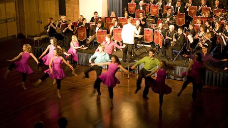 Huntingdonshire Concert Band and Stageworks Performing Arts pupils.