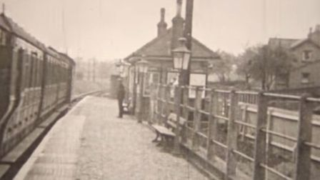 Smallford Station in the 1930s - 'Monty's Misfortune' film by FACS (Finchley Amateur Ciné Society) P