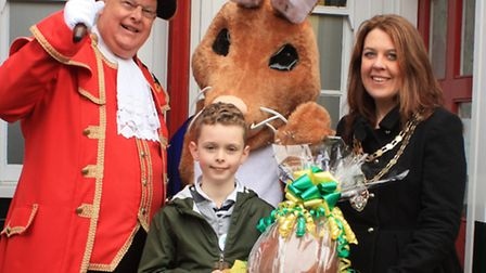 Five-year-old William Collinge from Royston and Ruby Stilgoe all the way from Postishead meet up wit