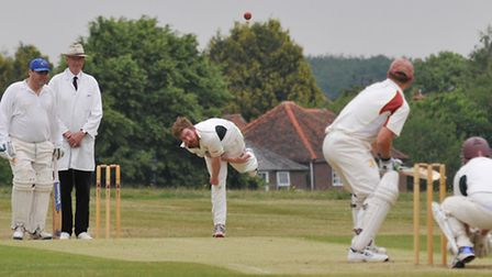 Dan Darvell bowls for Redbourn. Picture: Danny Loo