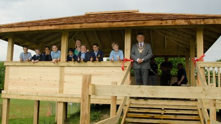 St Albans mayor Salih Gaygusuz opens the new reading house at Mandeville Primary School