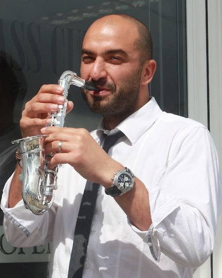 Carlo of Carlo and Co gets into the jazzy spirit. PICTURE: Clive Porter.