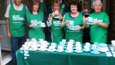 Hundreds of pounds were raised for the Macmillan Woodlands Centre.