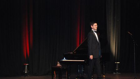 Alex Ainley - pianist, educator and comic.