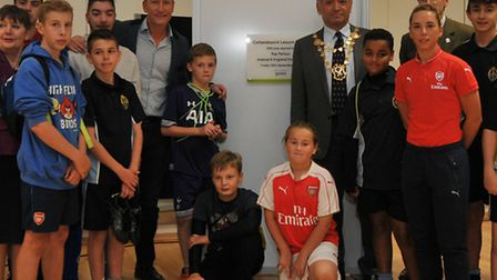 Former Arsenal and England player Ray Parlour and Mayor of St Albans Cllr Salih Gaygusuz officially